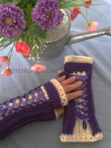 http://articulo.mercadolibre.com.ar/MLA-624912690-originales-guantes-tejidos-al-crochet-modelo-corset-_JM