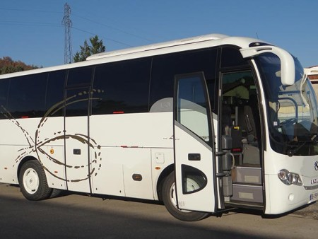 Bus rental in Nevers
