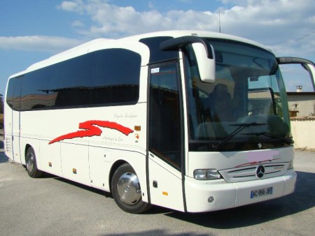 Bus and minibus in Angers
