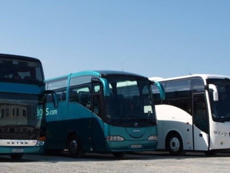 Rent a bus in Tours