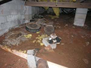 rental house appreciation - before - crawl space