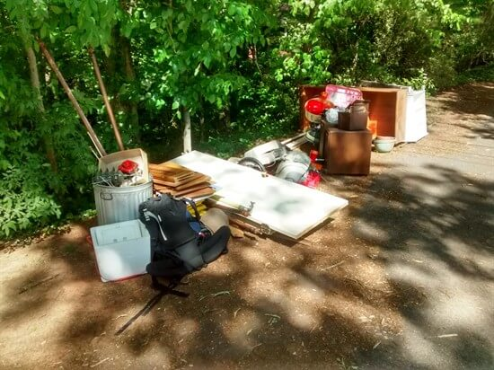simplify - junk to throw away by road