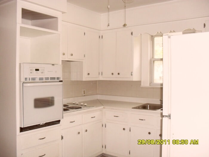 rental house - kitchen