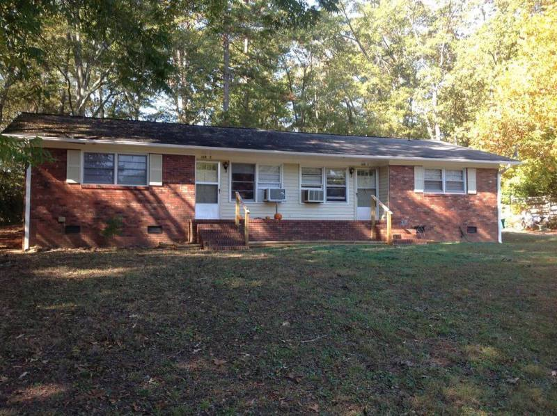 Class C duplex - front - Where to Buy an Investment Property
