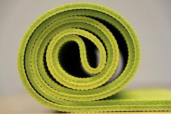 afbeelding yogamat van coachingmetsanne.com life coach Den Haag yogatips