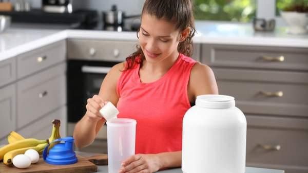 Poudre de protéines : pourquoi c'est le complément que tout le monde utilise