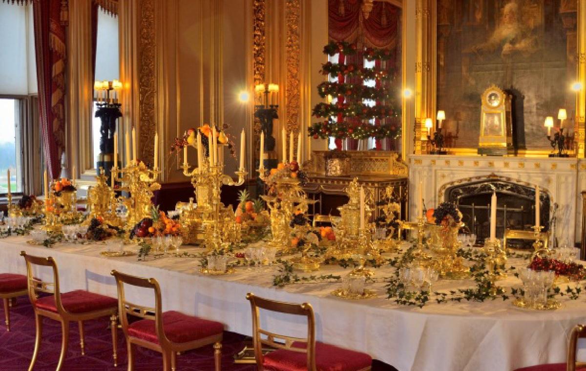 Celebrate The Christmas Season At Windsor Castle Coach