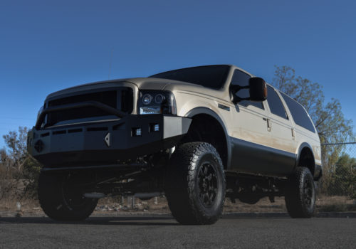 Ford Excursion w/ Aftermarket Grille and Off-road Front Bumper