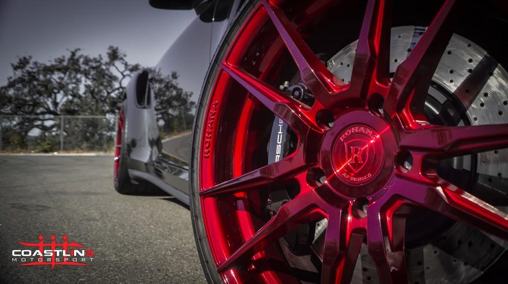Porsche 911 w/ Rohana Wheels in Gloss Red