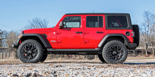 """2.5"""" Jeep Lift Kit from Rough Country Installed"""