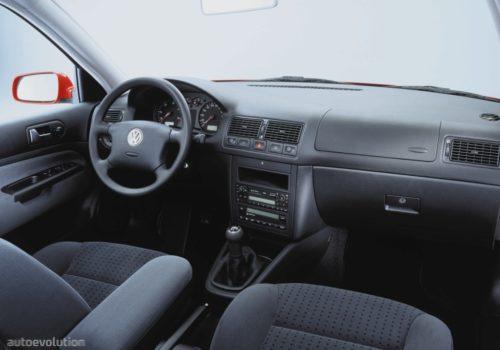 2000 VW Golf Interior