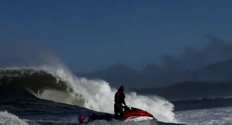 Big Wave Risk Assessment Group (BWRAG) Offers Mavericks Surfers Jetski Safety Class