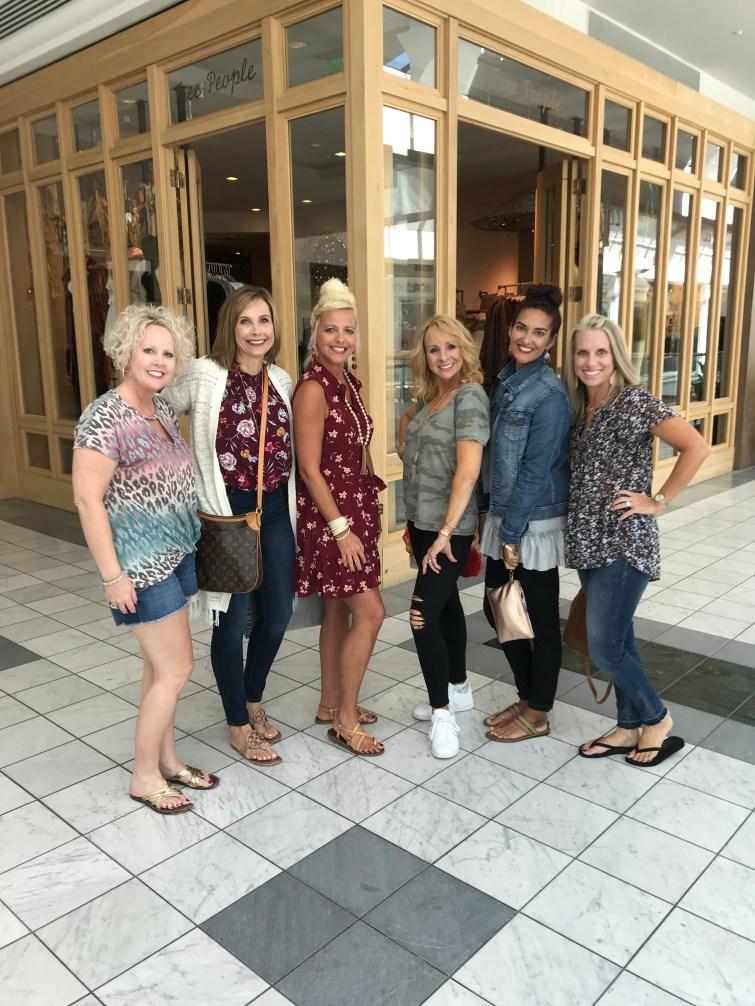 Green Hills Mall, Blogger