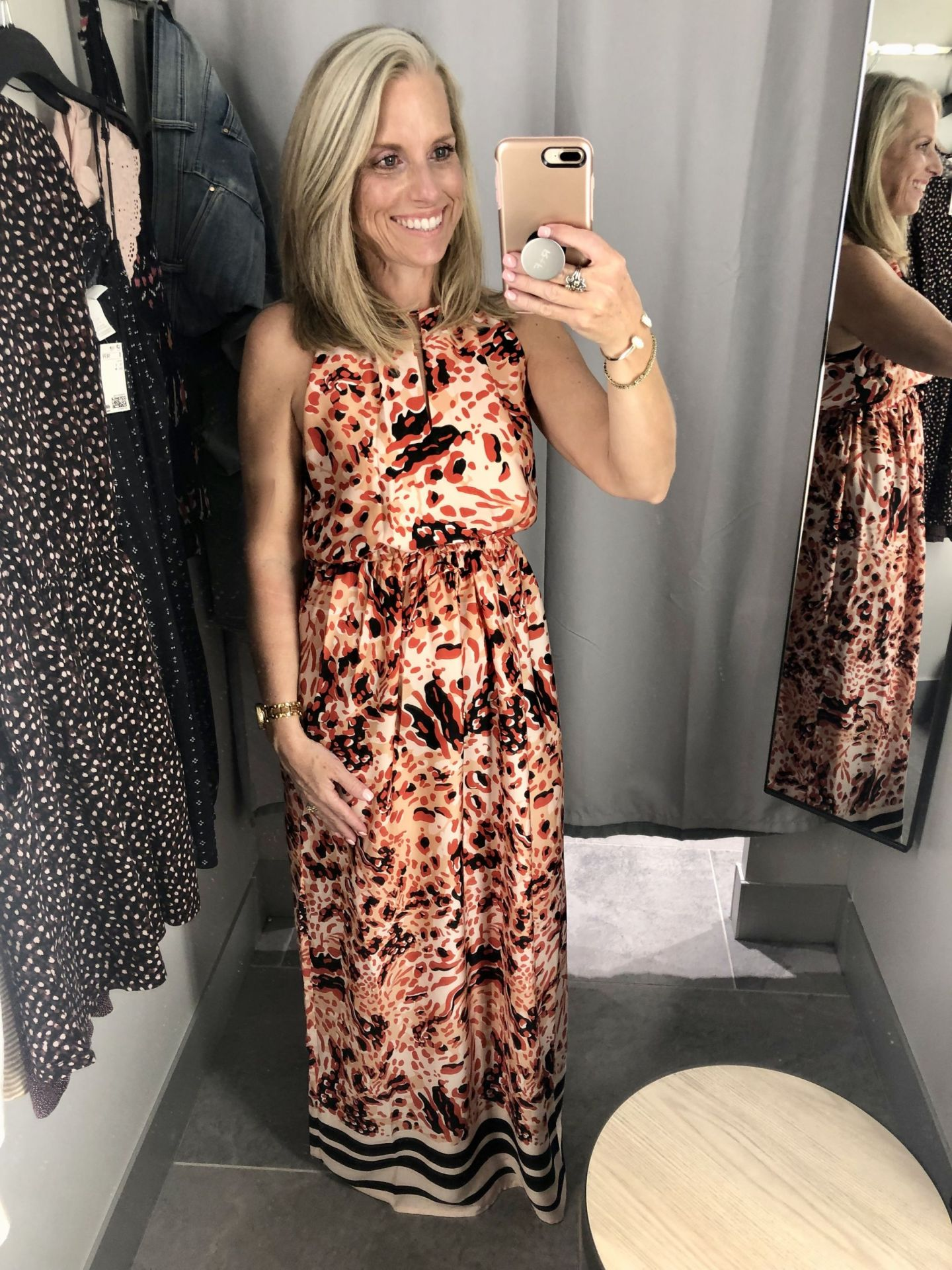H&M Dressing Room Try On