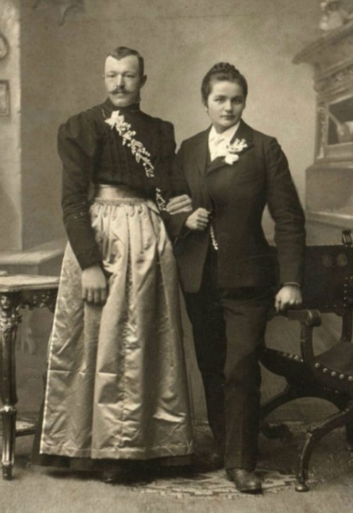 gender-reversed Victorian couple