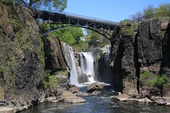 passaic river falls