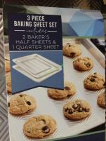 Costco-1071570-Nordic-Ware-3PC-Prism-Aluminum-Baking-Sheets-use1