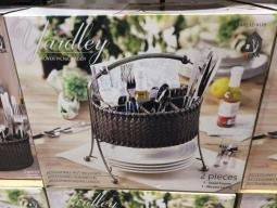 Costco-1219170-Mesa-Woven-Picnic-Caddy-1