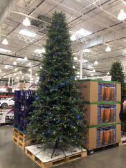 Costco-1900232-12-Pre-Lit-LED-Christmas-Tree1