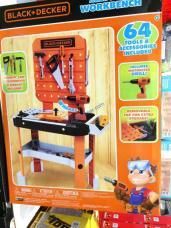 Costco-1220312-BLACK-DECKER-Junior-Builder-Workbench-part1