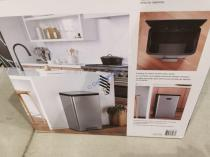 Costco-1600249-Kohler-47L-Step-Trash-Bin2