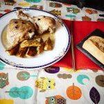 Pollo de corral en olla rápida y patatas al horno