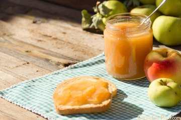 Compoata de manzana casera