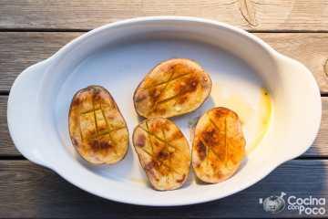 Patatas asadas al horno con pimentón