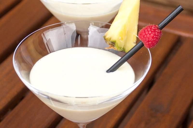 Piña colada sin alcohol - receta casera del cóctel del Caribe