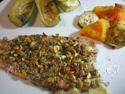 Trucha arcoíris con pistachos: lista!