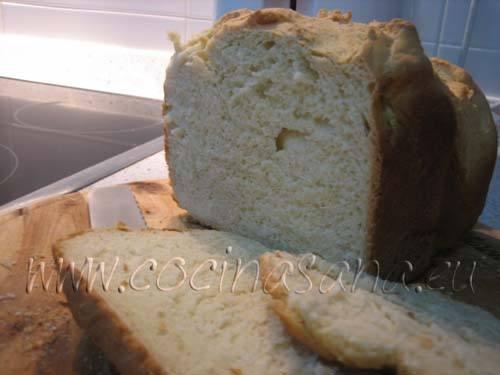 Pan con yogur griego