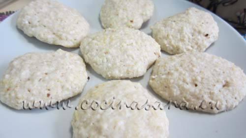 recuerda que estas galletas al día siguiente están mucho más buenas! así que no te desanimes de comerlas un día después.