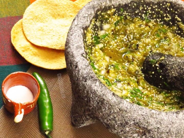 Salsa preparada con tomate verde