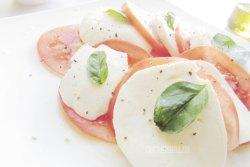 Ensalada Caprese de Tomate y Queso