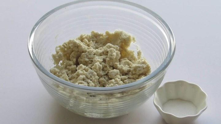 Agregar la Sal a la Masa para darle un poco de sabor a las tortillas