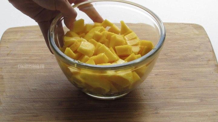 Picar el Mango en cubos no importa que no sean completamente uniforme