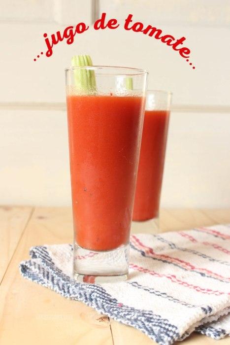 zumo o jugo de tomate