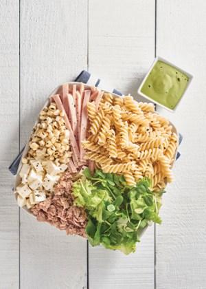 Receta de pasta con ensalada mixta
