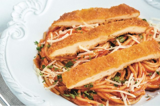 Red Spaghetti Recipe with Breaded Chicken Breast
