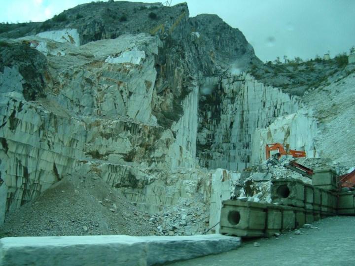 cave-di-marmo