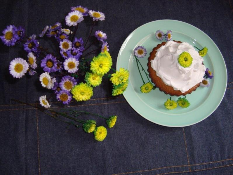 Torta «ángel» para la mujer ángel