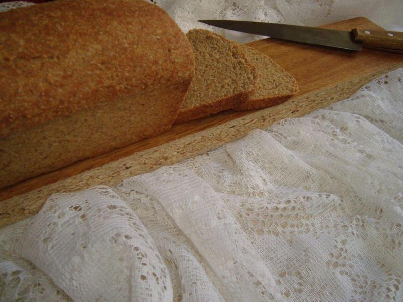 Memorias con pan integral y tostada del Mediterráneo