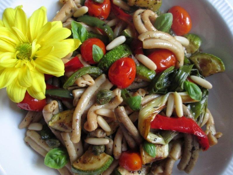 Pasta caserecce con vegetales asados