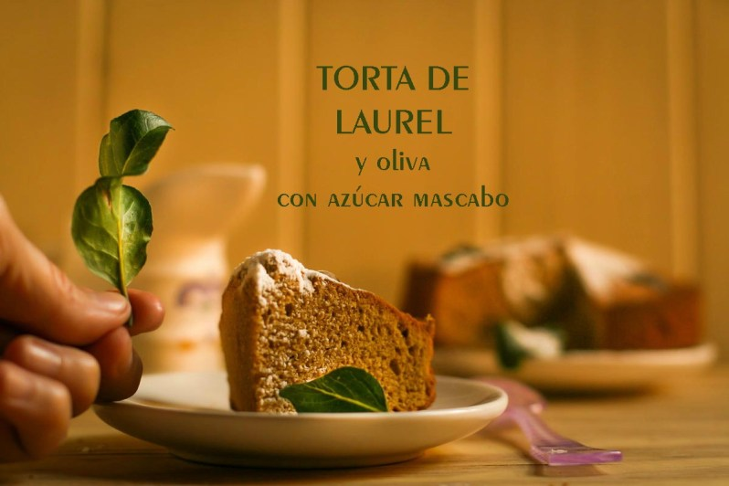 Torta de laurel y oliva, con azúcar mascabo. De mi madre y gluten free!