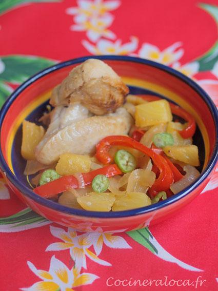 Poulet à l'ananas et au rhum blanc ©cocineraloca.fr