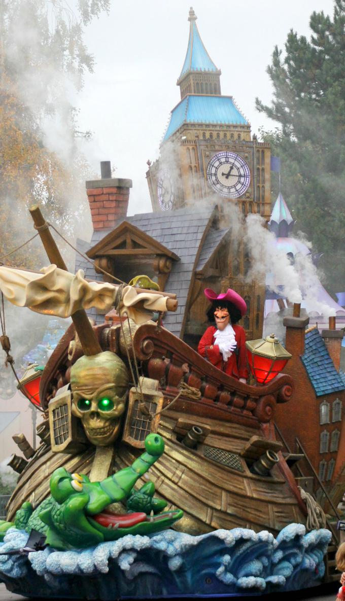 Cocktails in Teacups Disney Life Parenting Travel Blog Disneyland Paris Disney Magic on Parade Captain Hook