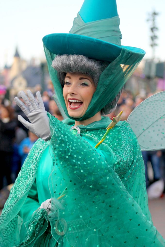 Cocktails in Teacups Disney Life Parenting Travel Blog Disneyland Paris Disney Magic on Parade Fauna