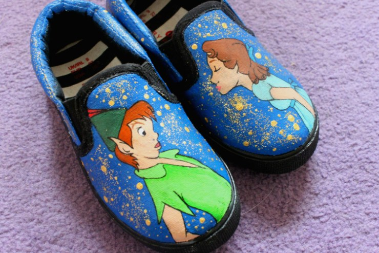 cocktails-in-teacups-disney-life-travel-parenting-blog-magical-things-painted-shoes-review-close-up