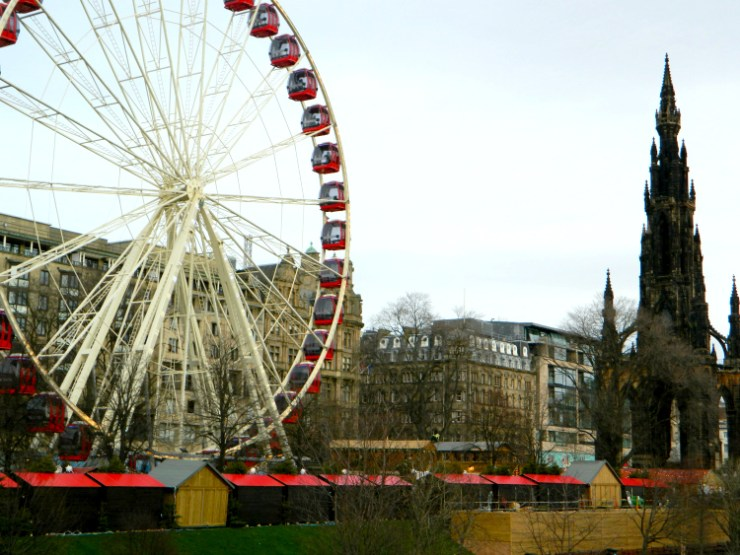 cocktails-in-teacups-disney-life-travel-parenting-blog-5-festive-things-to-do-with-your-child-in-the-north-east-edinburgh