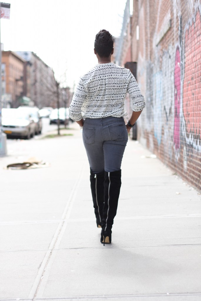 printed tunic grey jeans otk boots tuck full look rear view